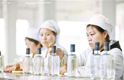 高端白酒涨价 是反弹还是回暖?