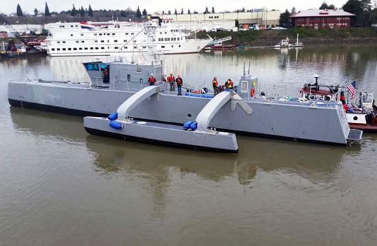美军三体无人反潜舰开始海试