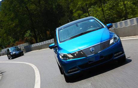 80、90成为市场的绝对主流 如何影响汽车业