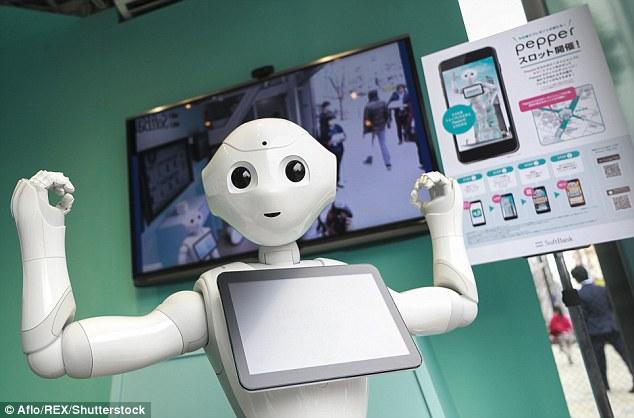 日本首位机器人学生Pepper走进课堂 精通日语英语