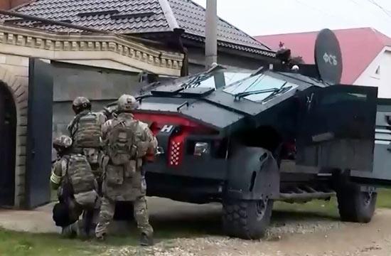 俄罗斯新型反恐装甲车科幻爆表