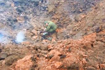 俄新型巡航导弹发威 炸出数米深巨坑