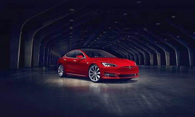 特斯拉新Model S中国首秀 大陆第17家店开业