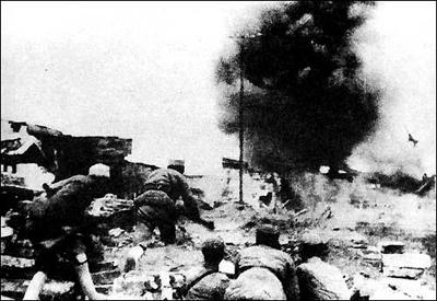 常德会战时蒋介石欲回香港 遭丘吉尔拒绝
