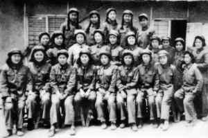 抗美援朝时女兵 用英语向百米外美军喊话
