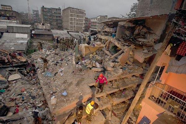 肯尼亚首都6层大楼因连日暴雨倒塌