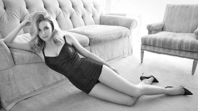 艾米丽·万凯普全新写真美图曝光 身材超级好