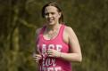 美国跑者怀孕35周将战马拉松 为纪念去世好友