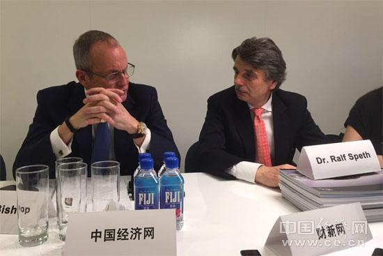 施韦德、毕少朴:中国市场是捷豹路虎最重要的市场