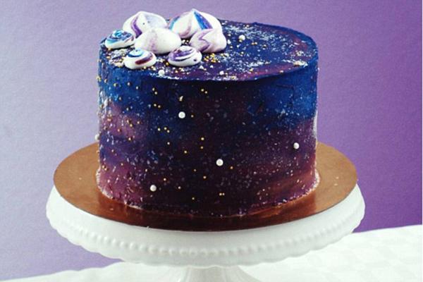可以吃的银河:星空蛋糕风靡社交网络