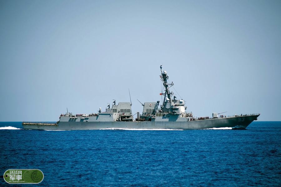 美神盾舰闯永暑礁12海里 中方派重兵警告驱离