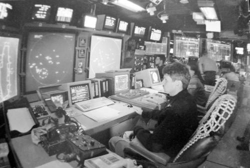 20年前,我在美航母上起降:体验逮捕着舰方式