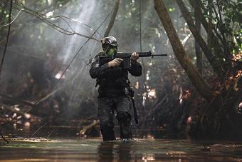 巴西特战部队丛林中作战训练
