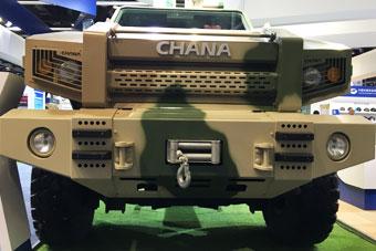 国产警用装甲车正脸样貌彪悍