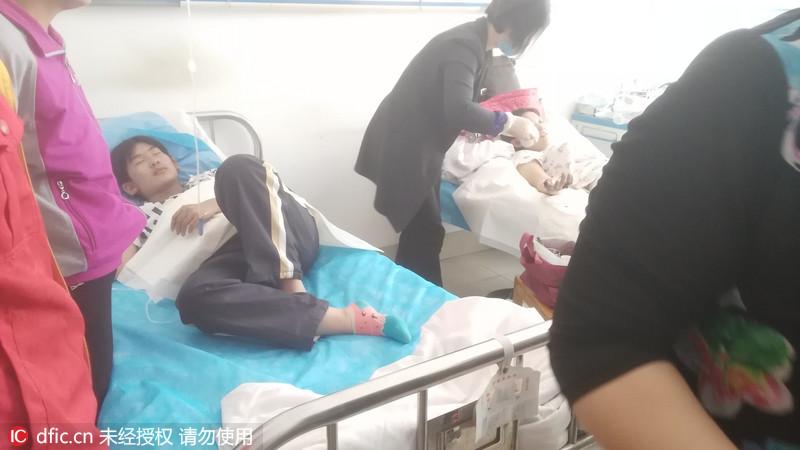山东广饶纵火嫌犯被抓获 受伤学生在医院接受治疗