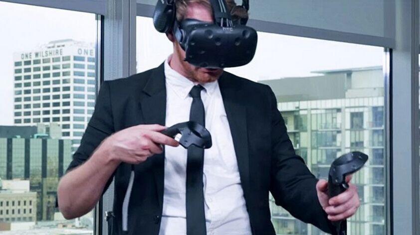 美国男子连续25小时佩戴VR 创吉尼斯世界纪录