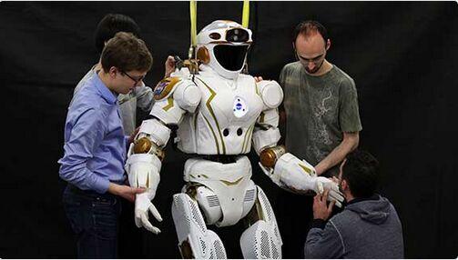 NASA人形机器人开始工作 为探索火星设计