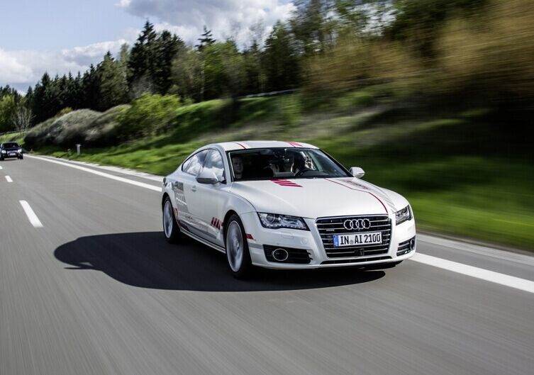 奥迪A7自动驾驶车在德国高速路测试 更加人性化