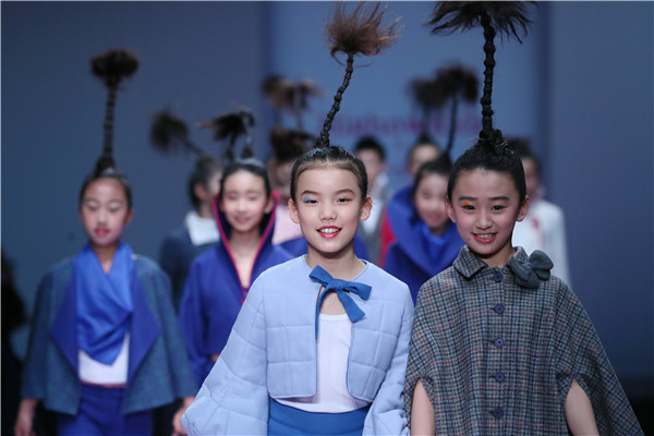 探访时装周的孩子王——刘建东