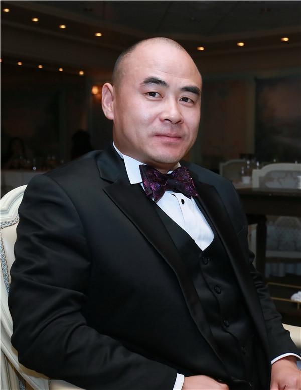 为你的孩子筑梦——少儿时尚奥斯卡缔造者刘建东