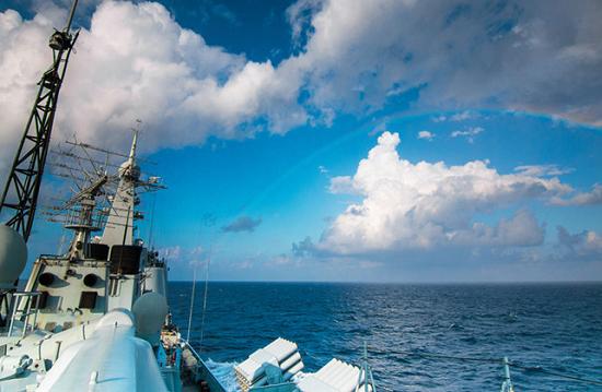海上日记:远航战舰的24小时