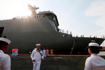 菲律宾欢庆拥有万吨级战略舰