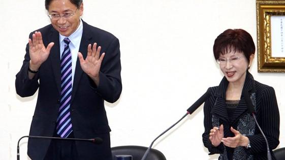 张善政婉拒入党:非党员替国民党讲话更具说服力