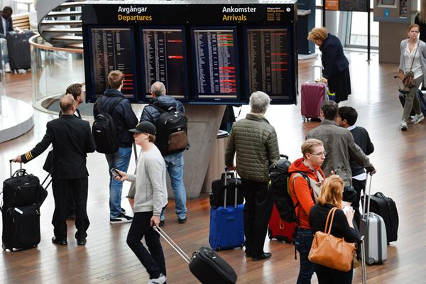 斯德哥尔摩空域因电脑故障短暂关闭 导致航班无法起飞