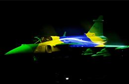 瑞典发布新版鹰狮战机 表演秒变涂装