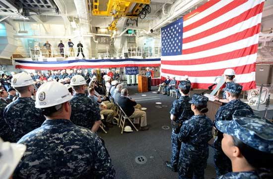 美军正式接收DDG1000万吨大驱