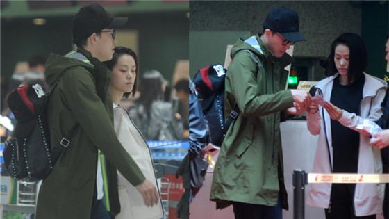 好甜蜜!刘翔与女友吴莎穿情侣鞋现身机场