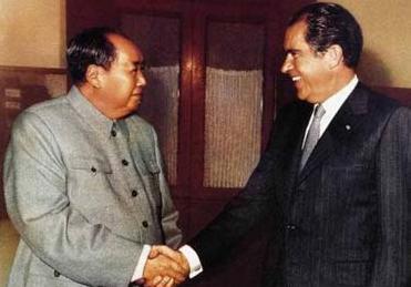 中美建交趣闻:尼克松曾最担心见毛泽东要磕头