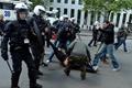 比利时民众组织游行 抗议政府紧缩政策