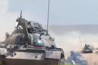 59坦克超视距饱合攻击14公里外目标
