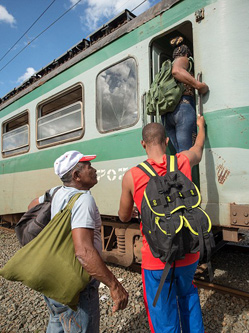 时光倒回:实拍古巴唯一电气铁路