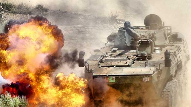 轮式突击炮感受真实硝烟战场环境