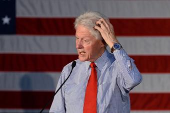 克林顿为希拉里助选 表情丰富憨态可掬