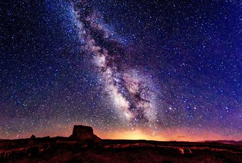 摄影师捕捉美国绝美银河夜景