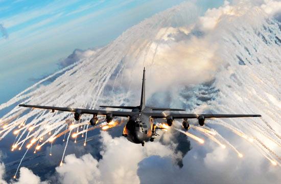 天女散花:军机释放干扰弹对比