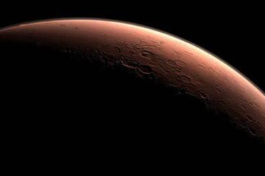 火星11年来抵地球最近