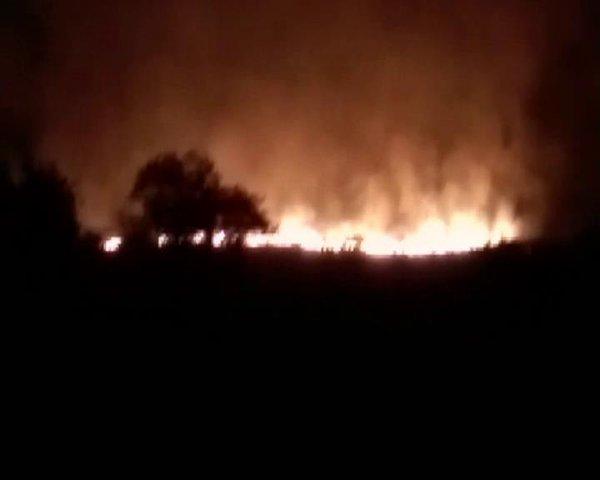 印度一军火库发生起火爆炸 致至少17死19伤