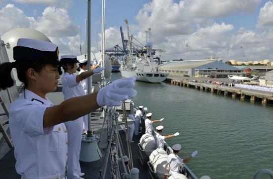 中国海军护航编队访问坦桑尼亚