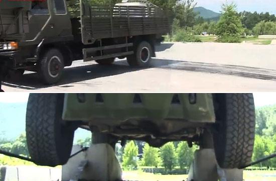 看我军战士如何开卡车玩漂移