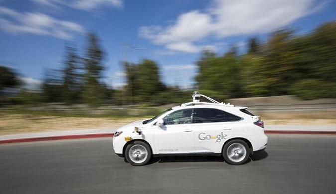 谷歌无人驾驶汽车更智能 可向司机和行人鸣笛