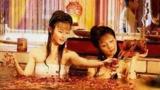 大话娱乐圈(搞笑) :开扒女星与同性大胆沐浴戏