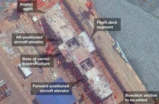 外国卫星曝光001A航母甲板布局