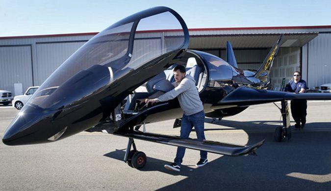世界上最快的单引擎小飞机:可以容纳5个人
