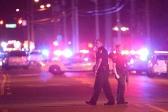 美国枪击案嫌犯用的何种枪械