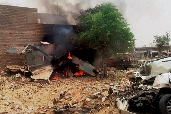 印度空军一架米格-27战机坠毁