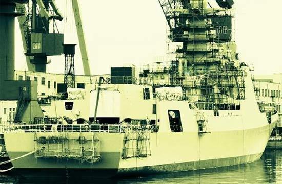 大连船厂052D驱逐舰新照曝光